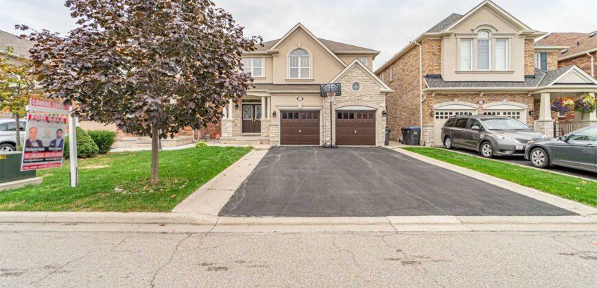 7292 Barbara Ann Crt, Mississauga, Ontario, L5W0B8
