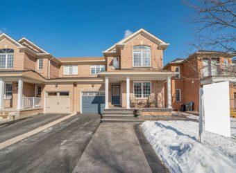 43 Saddleback Sq, Brampton, Ontario, L6X4T9
